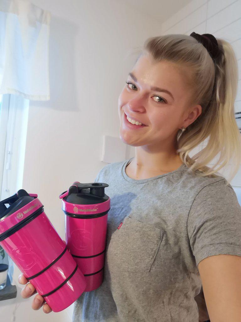Linn Stenholm Fitness Redcon1 scandinavia TeamRedcon1Scandinavia