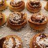 Linn Stenholm vegan baking kanelbullar veganska
