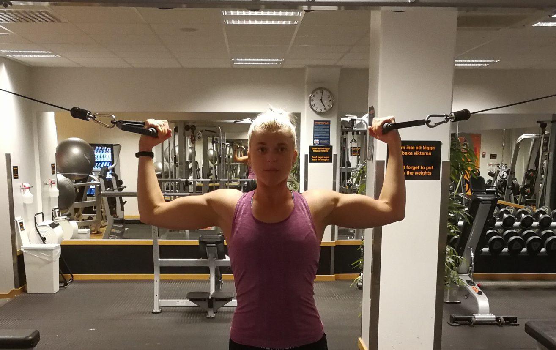 linn gustafsson biceps
