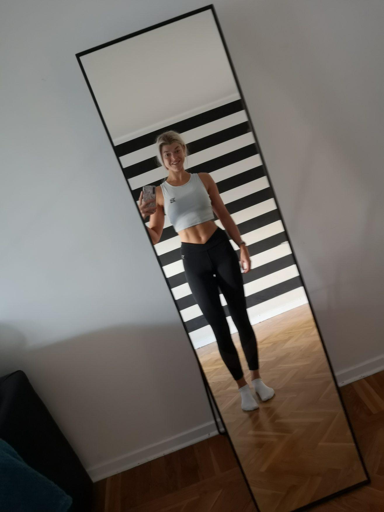 Linn Stenholm Bikini fitness 5weeks out