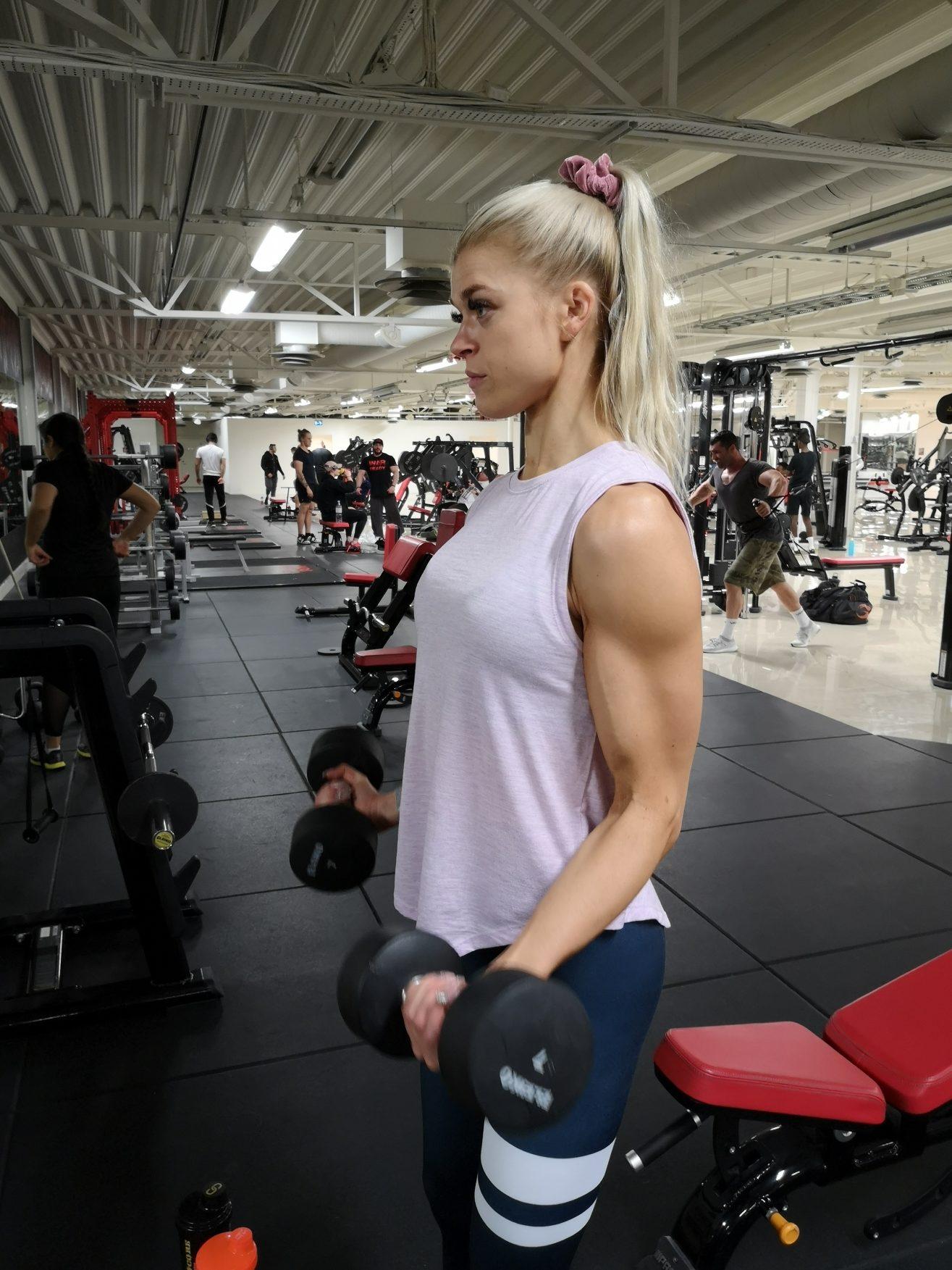 Linn Stenholm fitness bikinifitness