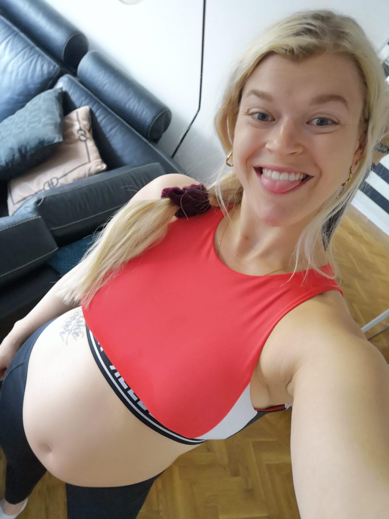 Linn Stenholm gravid vecka 25